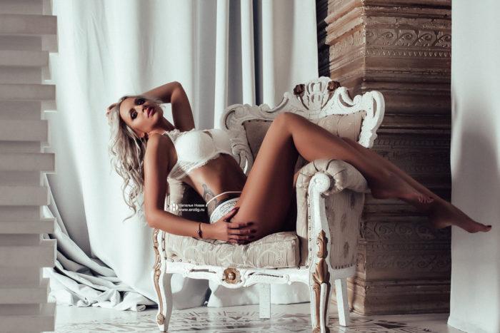 Эротический фотограф Наталья Новак помогает избавиться от женских страхов